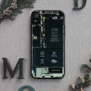 iPhone 7/8/SE 2020 bagside i glas, Indmad, sort