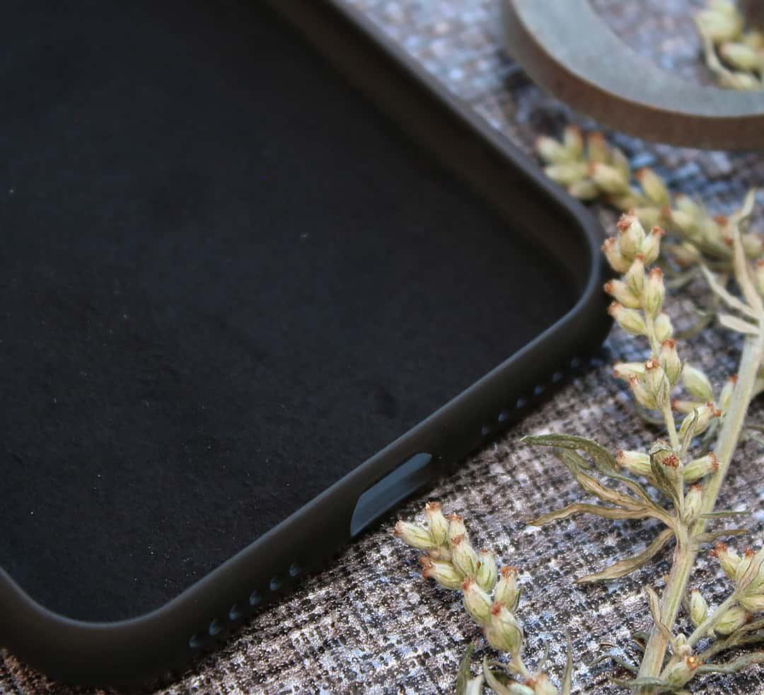 iPhone 11 Pro bagside i træ, Break the rules