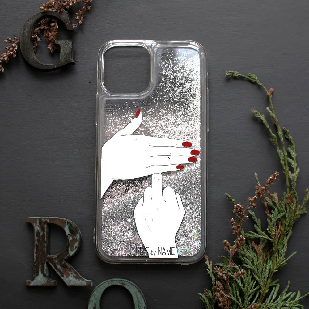 iPhone 12 Mini med flydende glitter, Finger....