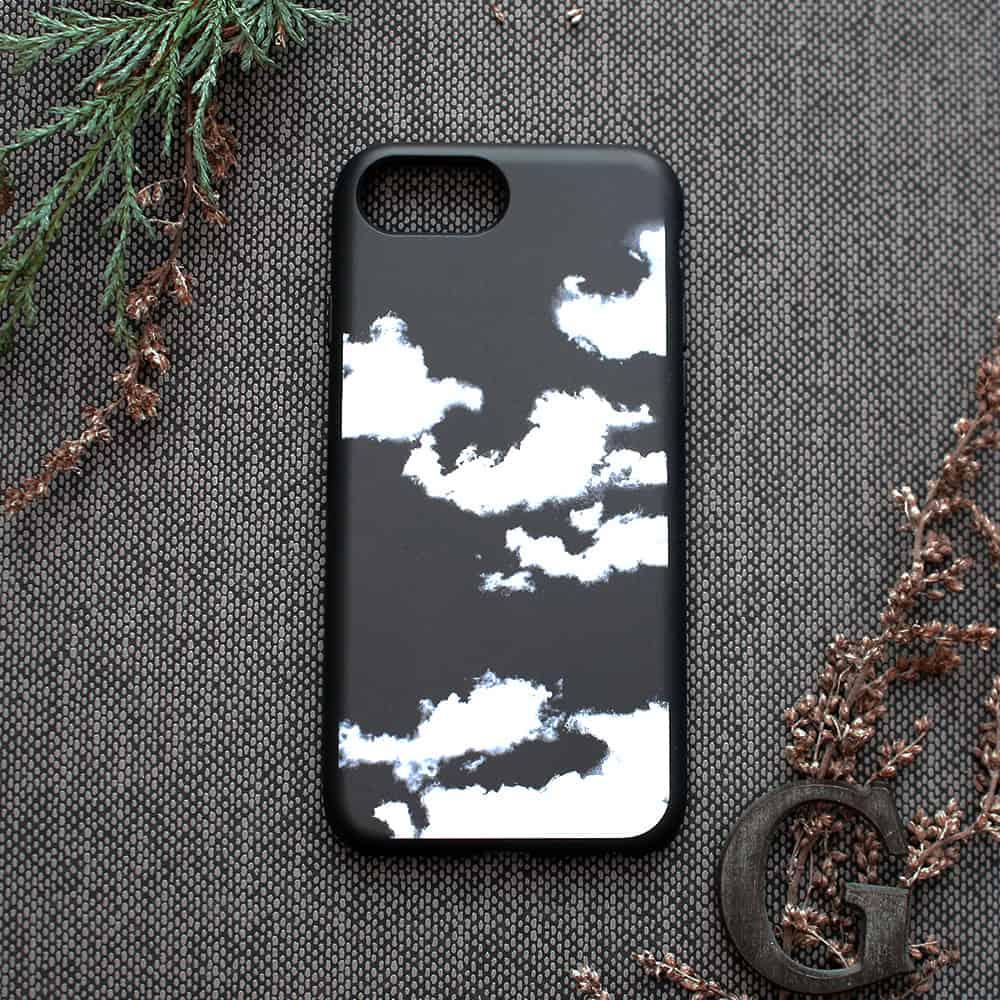 iPhone 7/8/SE2020 bagside , Skyer