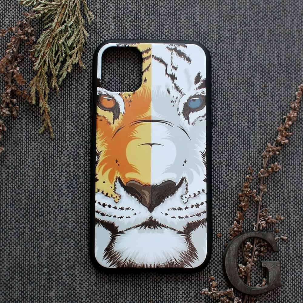 iPhone 11 Pro bagside , Tiger